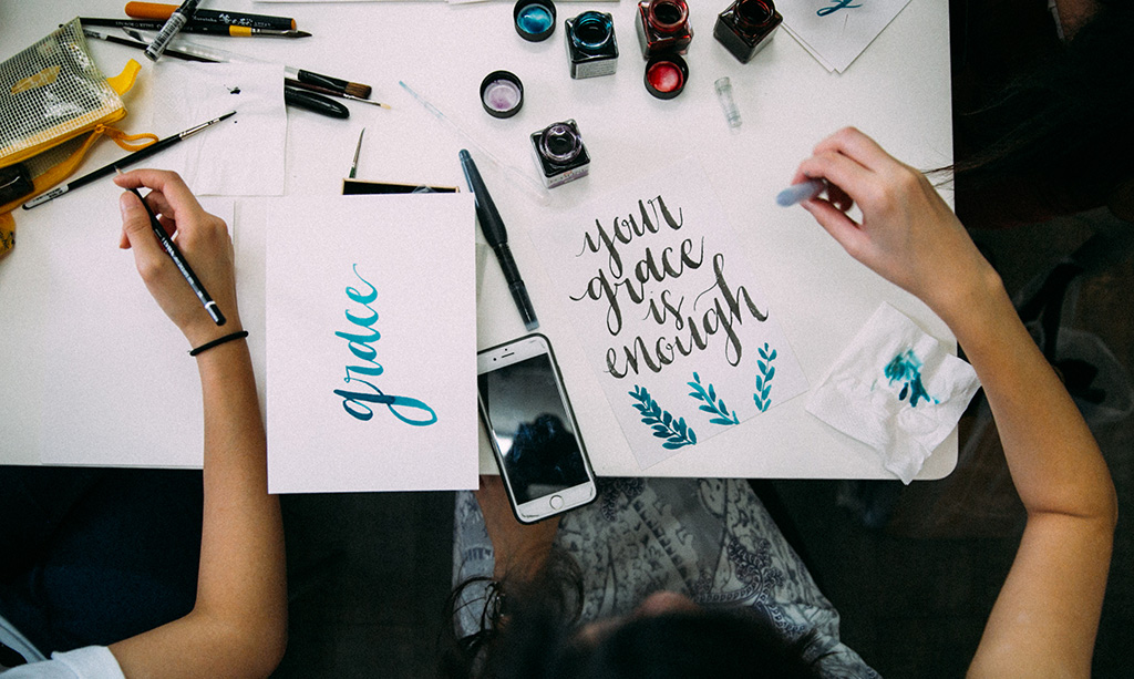 Janelle-feature-(lettering)